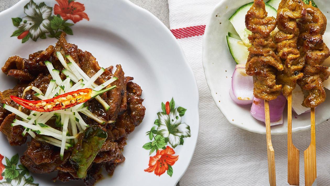 烤牛肉串和炒牛肉串