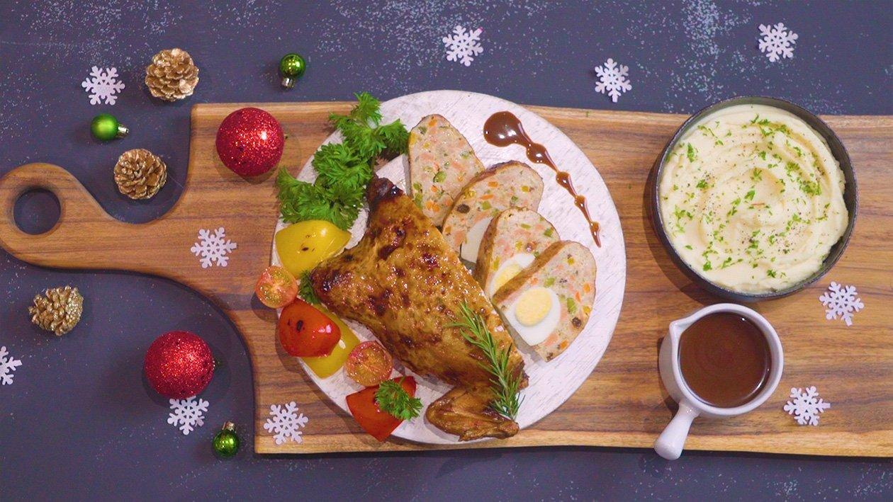 香烤鸡肉碎蔬菜卷配西式烧汁及奶油土豆泥