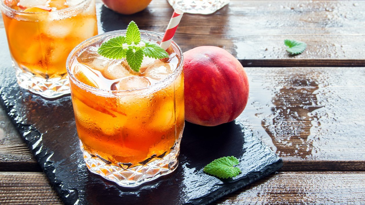 黄金热带水果茶