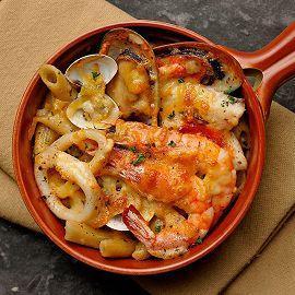 焗烤起司奶油白醬海鮮筆尖麵