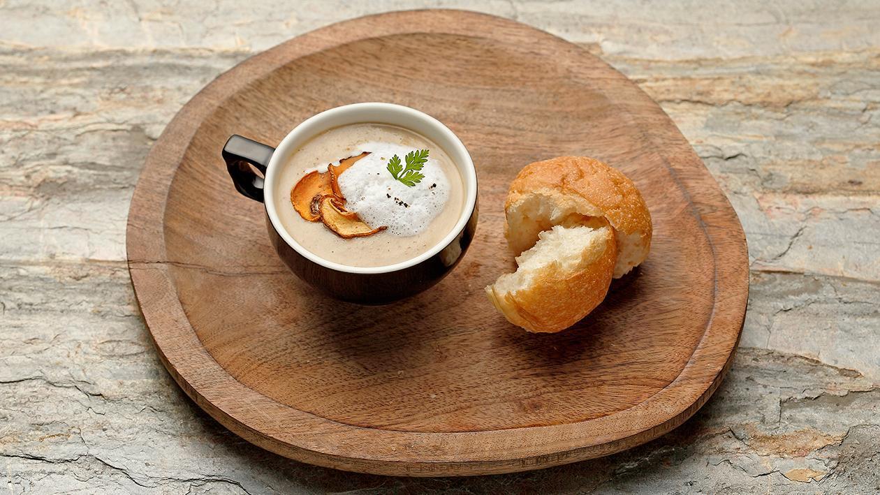 卡布奇諾牛肝菌奶油濃湯