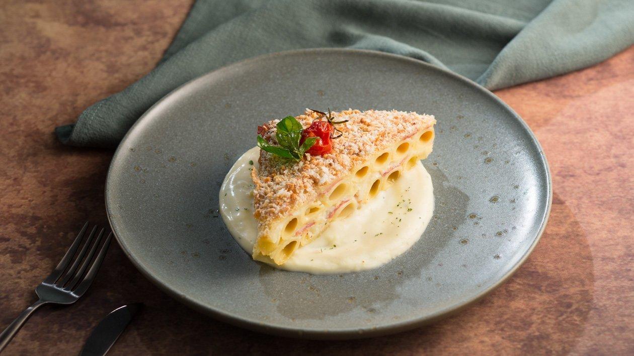 卡邦尼醬焗烤千層筆管麵