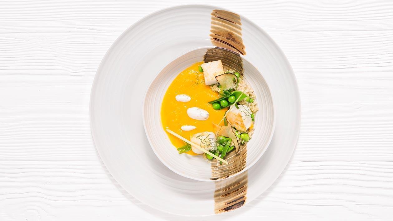 牛肝菌風味香橙南瓜湯.搭配檸檬草、大茴香、初榨橄欖油及低溫烤鱈魚配藜麥