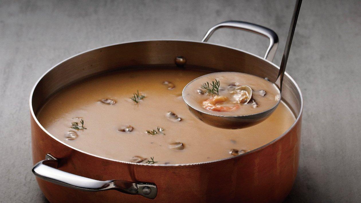 牛肝蕈龍蝦風味奶油濃湯