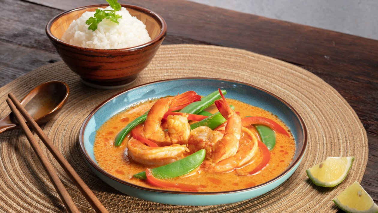 紅咖哩鮮蝦佐椰汁飯