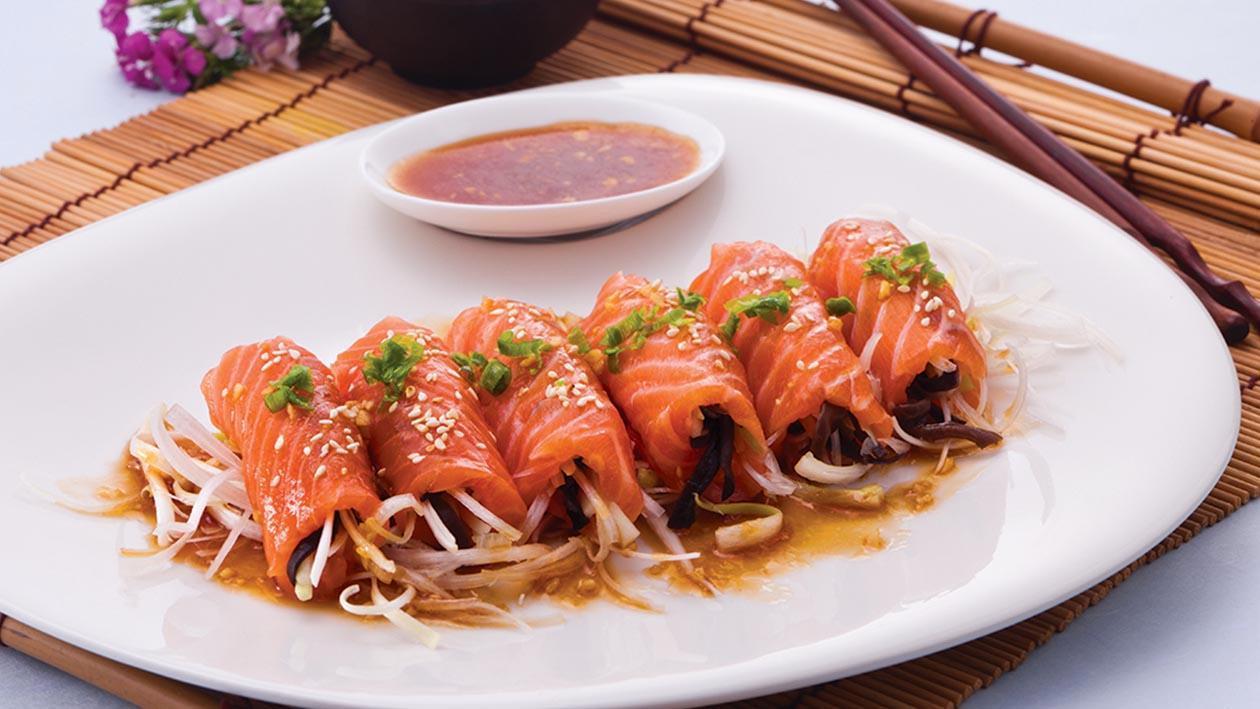 麻辣三文魚拌木耳